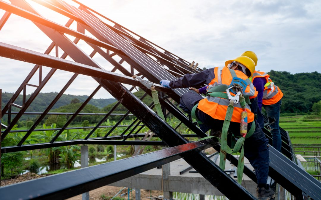 What Do Commercial Roofing Contractors Do?